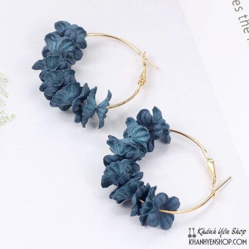 bông tai hoa vải xanh